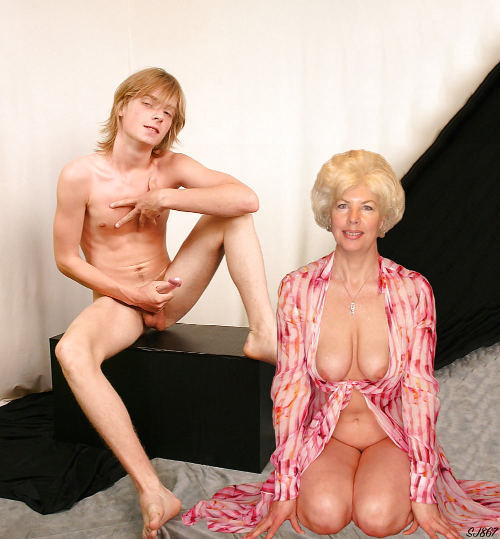 mom-nude-with-boy-watching-girl-licking-girl-ass