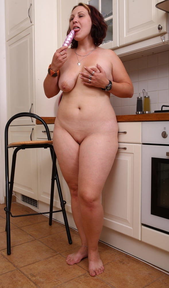 free-plump-amateur-post