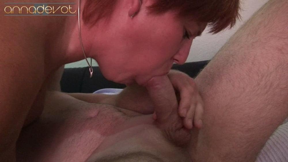 Prostate massage cumshot - 15 Pics