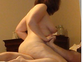 Amateur wife squirts after upskirt sex interview