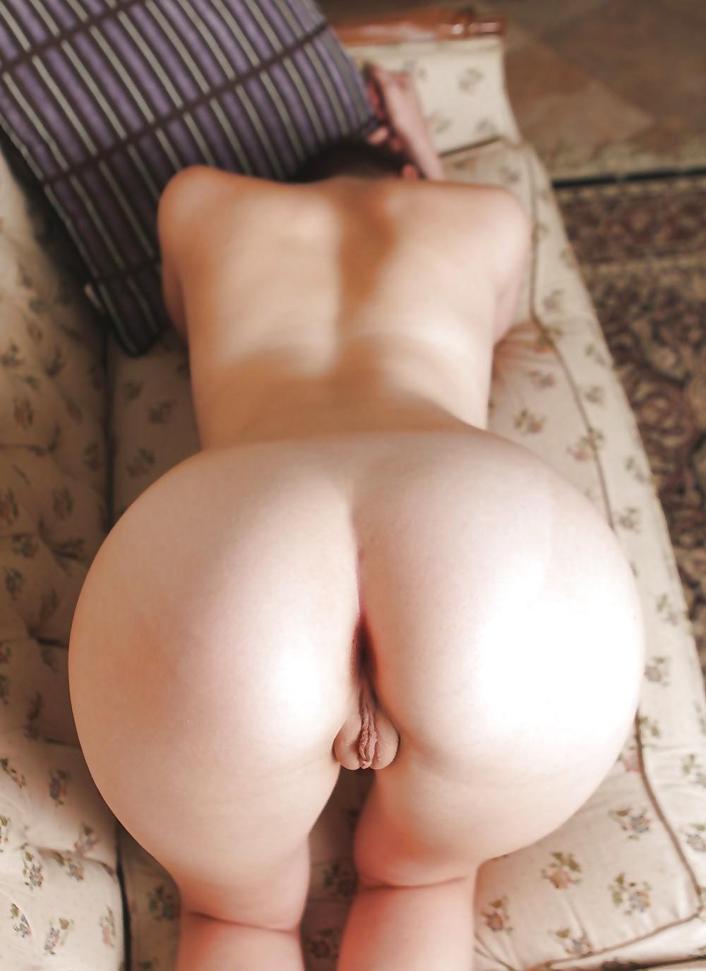 Молодожены фото женские попки сзади раком порно пьяные толстушки