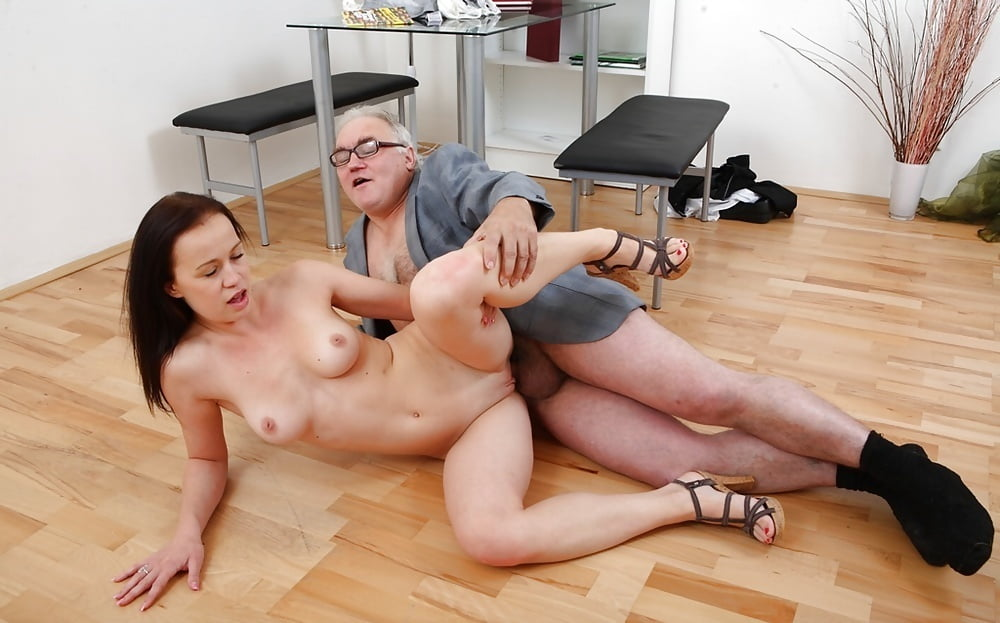 real-couples-fucking-teacher-naked-little-girls-fucking-their-grandpa