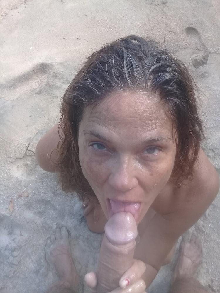 Sex on beach public