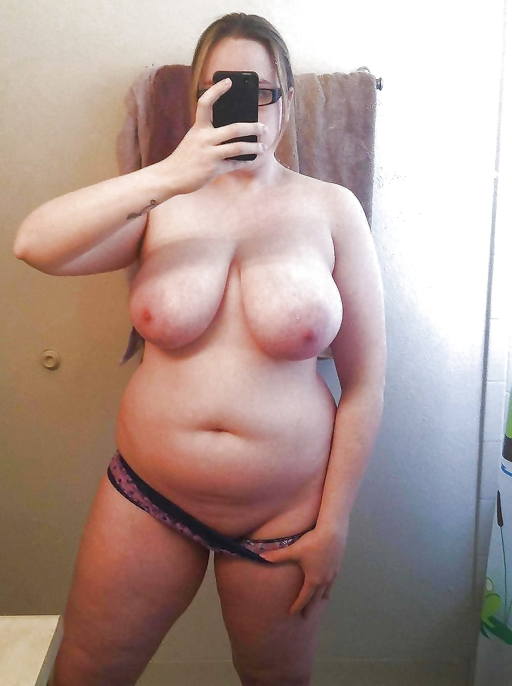 Teenage nude mature bbw self pics