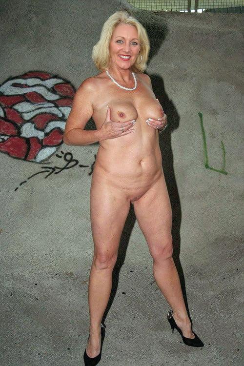Womem of horror naked