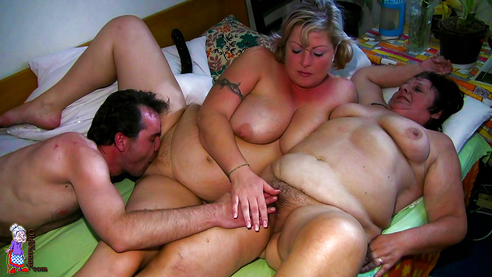 Asian Milf Daughter Threesome
