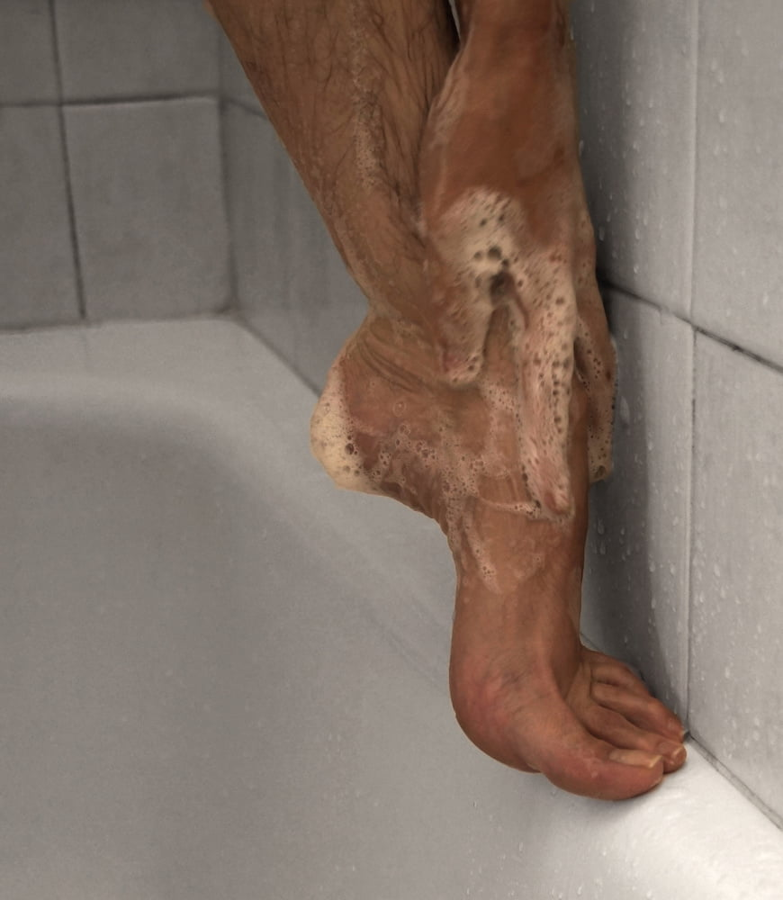 In the shower (PART 2) - 10 Pics