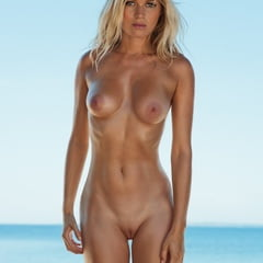 nackt Hoefkens Vanessa 41 Hottest