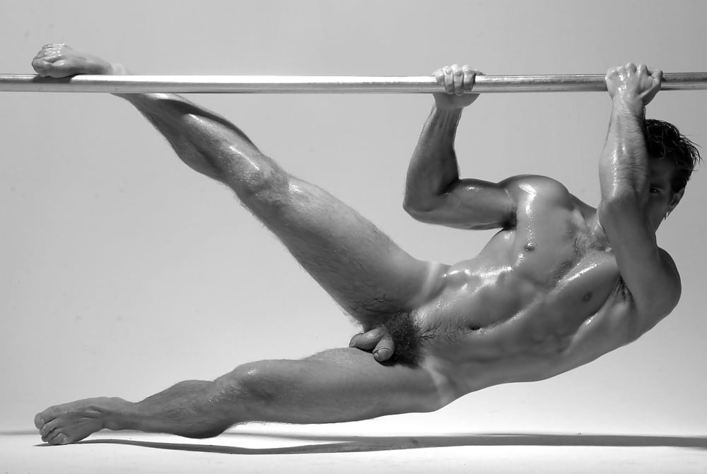 Nude male athlete photo