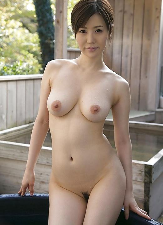 free-porn-japanese-nude-mom-sex-gif