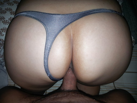 LITTLE DELICIOUS THONG!! BIG ASS!!