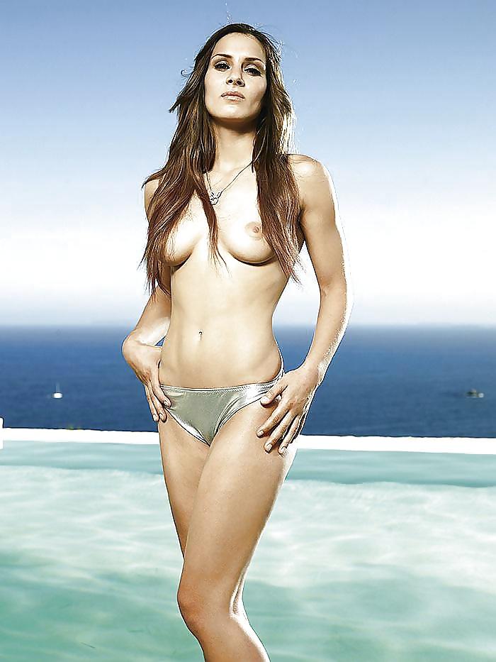 Louisa nackt Clein Louisa Clein