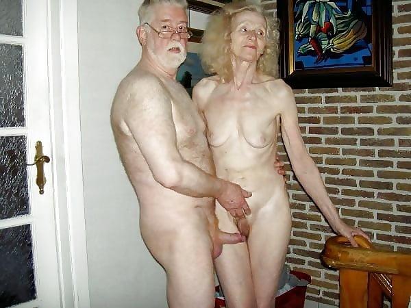 pornograficas-penelope-elderly-couples-having-sex-on-video-pussy