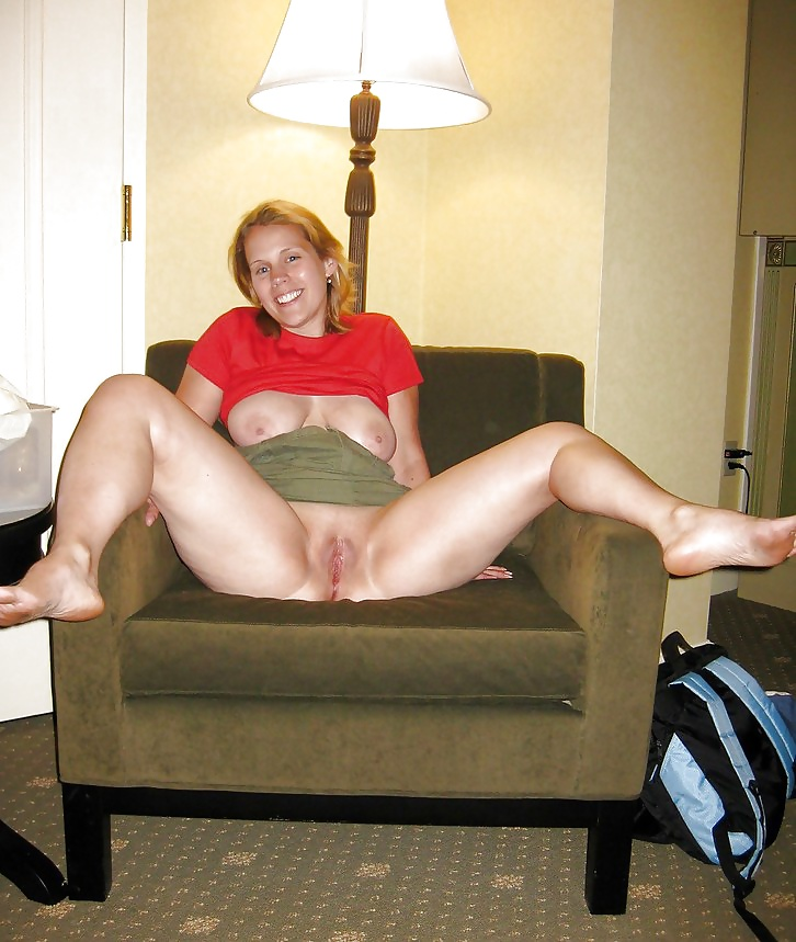 Blonde mature scottish wife getting fucked on the couch and then creampied
