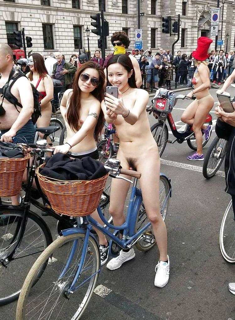Porn star world naked bike ride japan