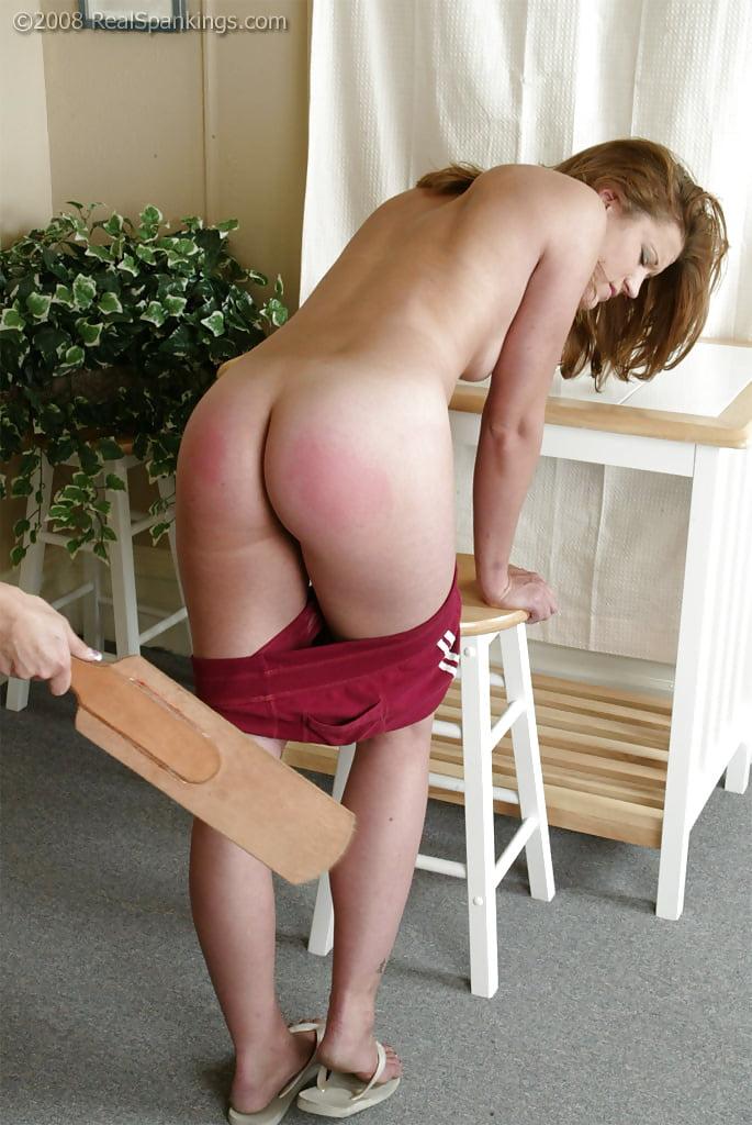 spanking-girls-topless