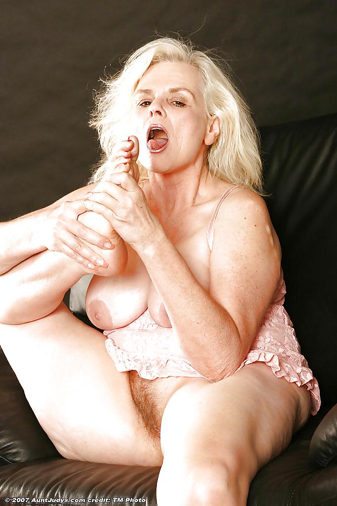 Free aunt judy sex pics