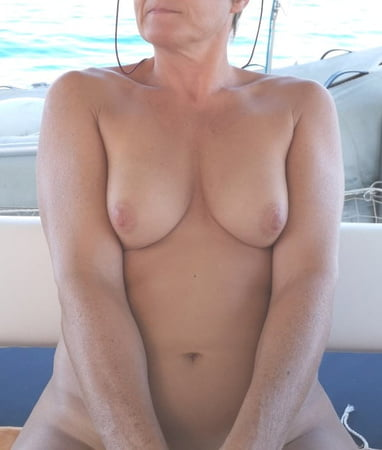 Tits - Nipples to suck - mamelons 134