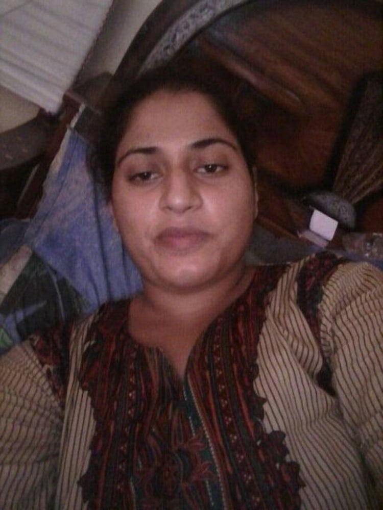 Mahie Gill naked Punjabi film full nude photos 22