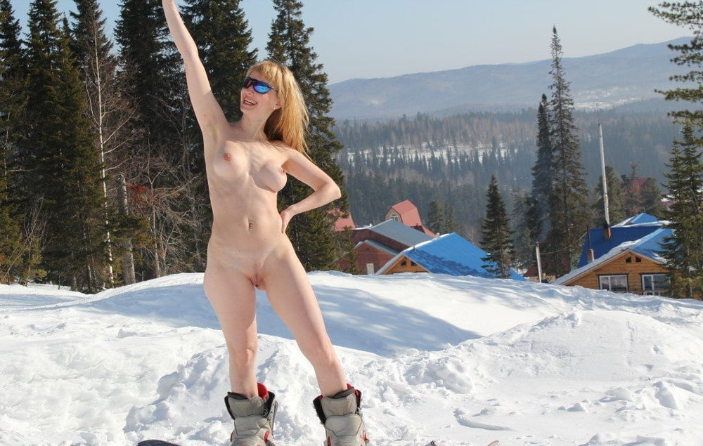nude-water-skiing-mentally-handicapped-dude