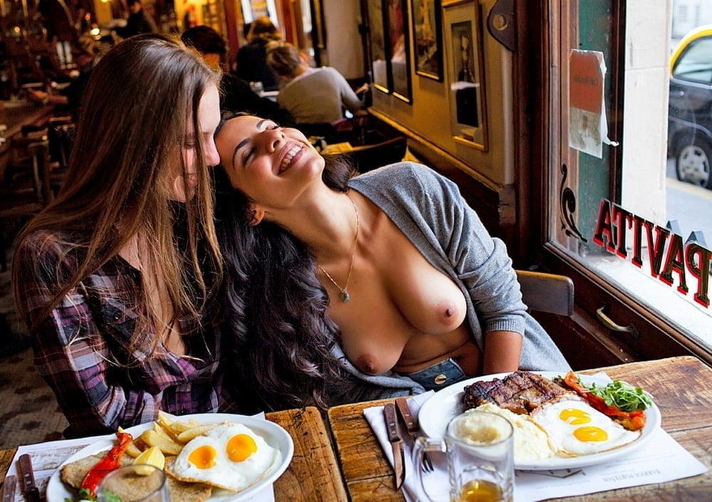 Nude girls in restraunts