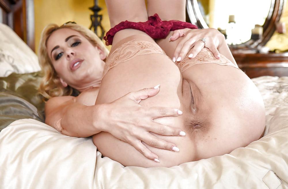 Cherie Deville 3