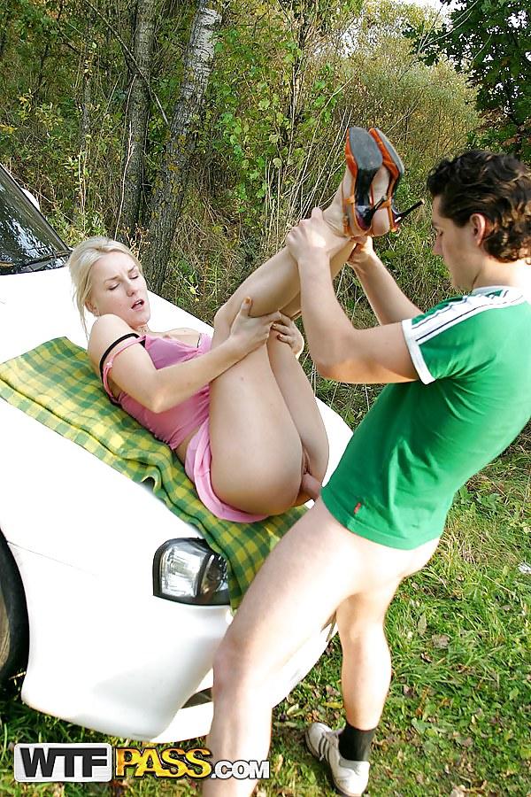 Chubby Lady Picks Up And Pleases An Teen Dude Nunuporn XXX Porn Pics