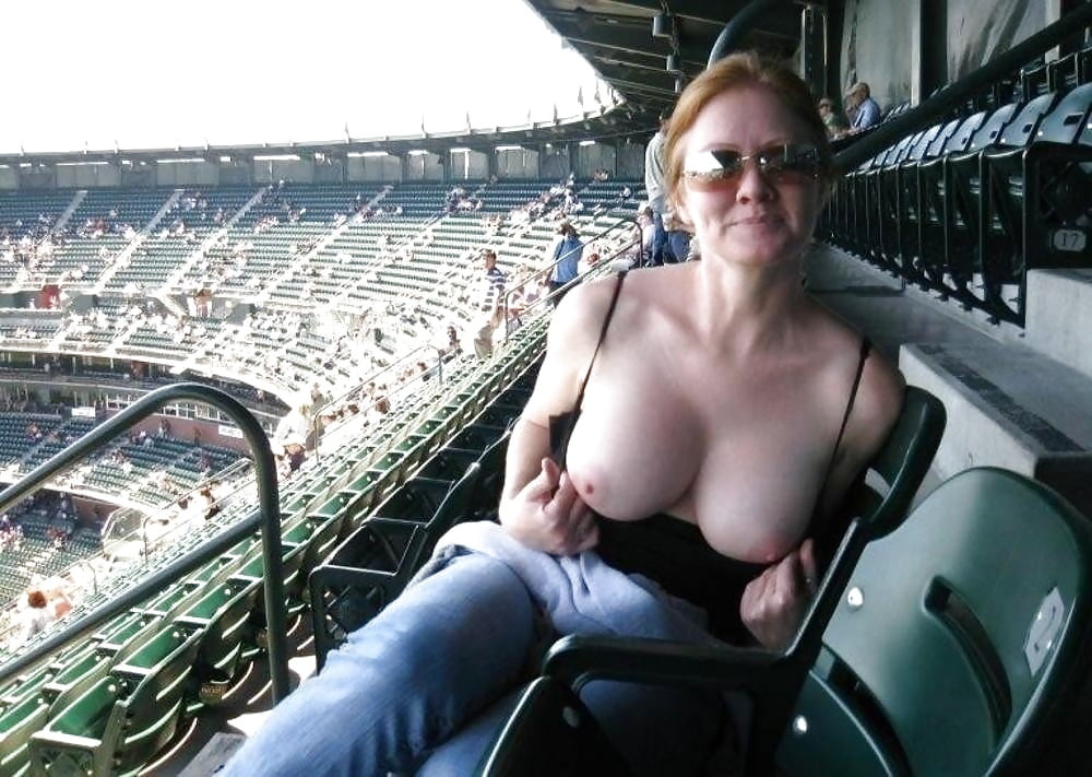 Naked women in stadium — photo 14