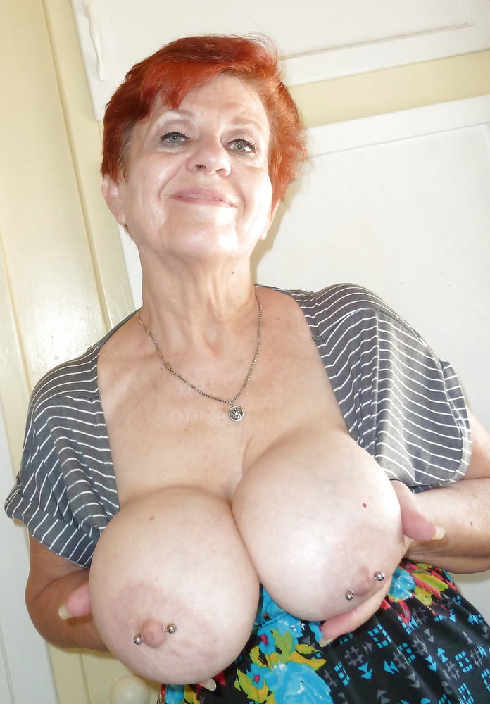 Old Women Big Tits Pics