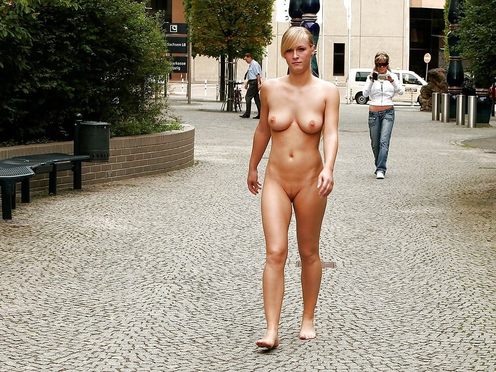 Sexy girl completely naked in public