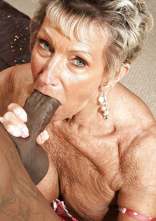sex-deepthroat-grannys-over-suck-dick-nudes