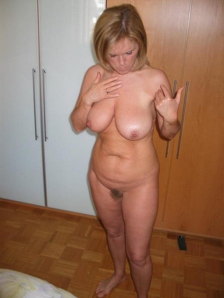 Women - 166 Pics
