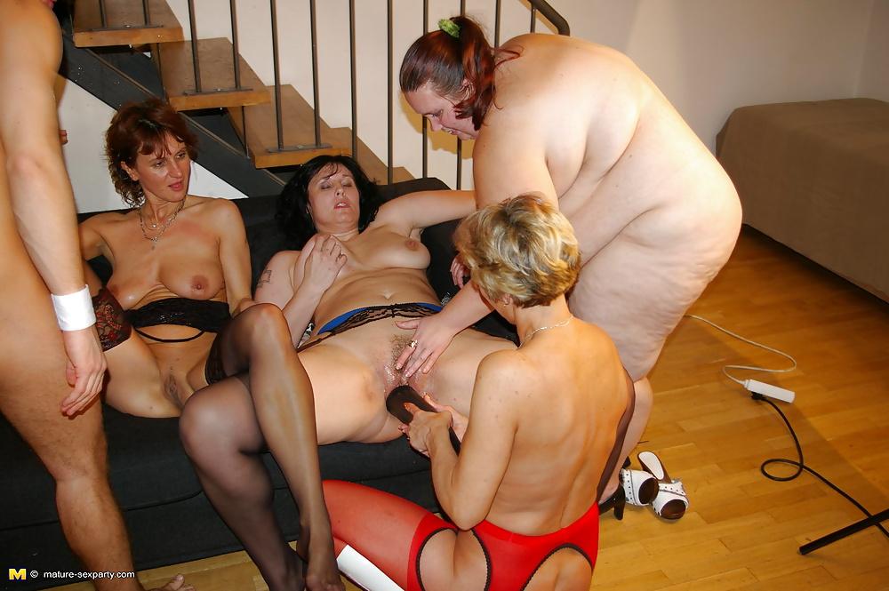 Erotic men submission wrestling