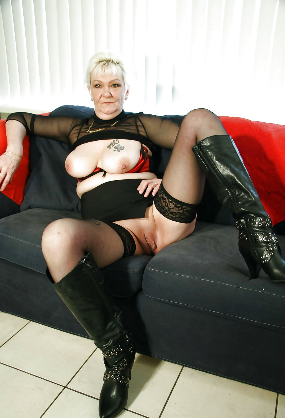 Grannies black stockings porn, james dean bisexual relationship