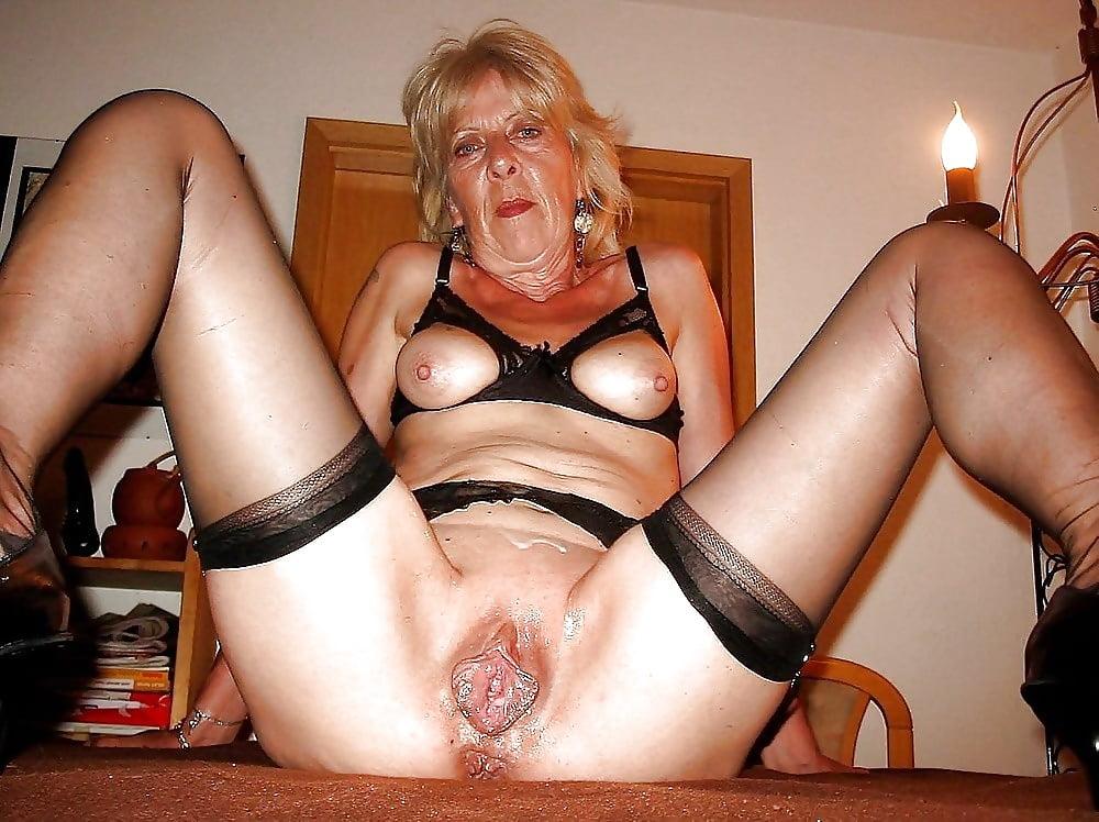 Granny milf sex pics