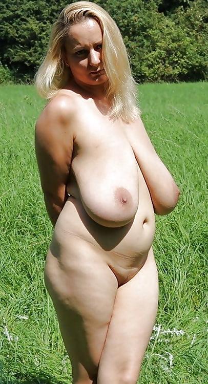 Sexy naked busty milfs-6617