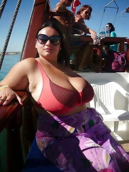 Huge tits cougar-5680