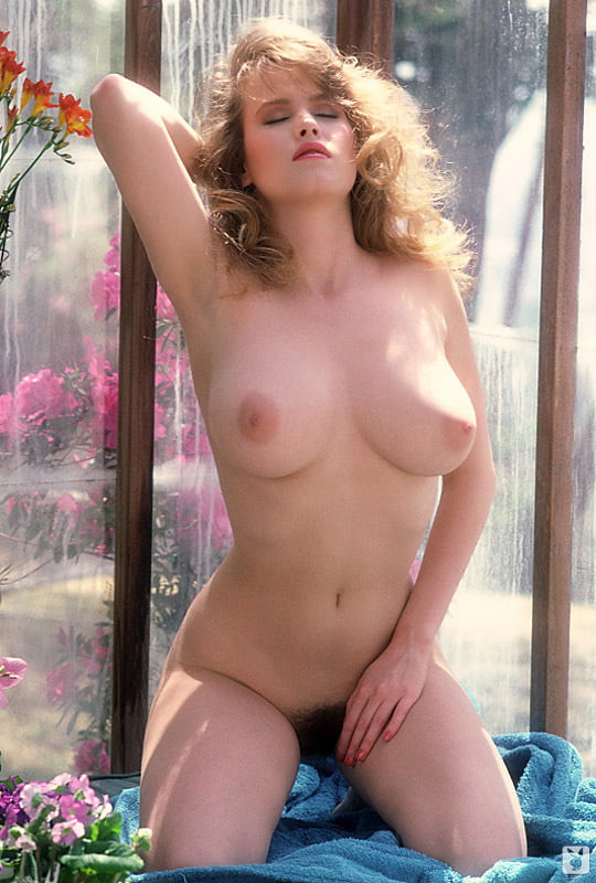 sherry-mancino-nude-christy-carlson-romano-nude