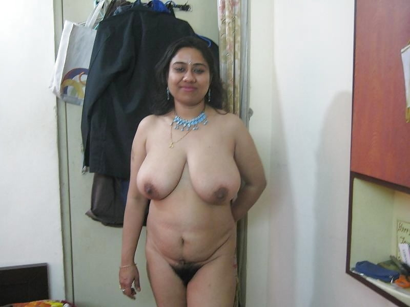 Superstar Aunty Nude Boobs Pics Png
