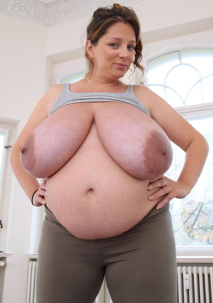 Huge Pregnant Boobs