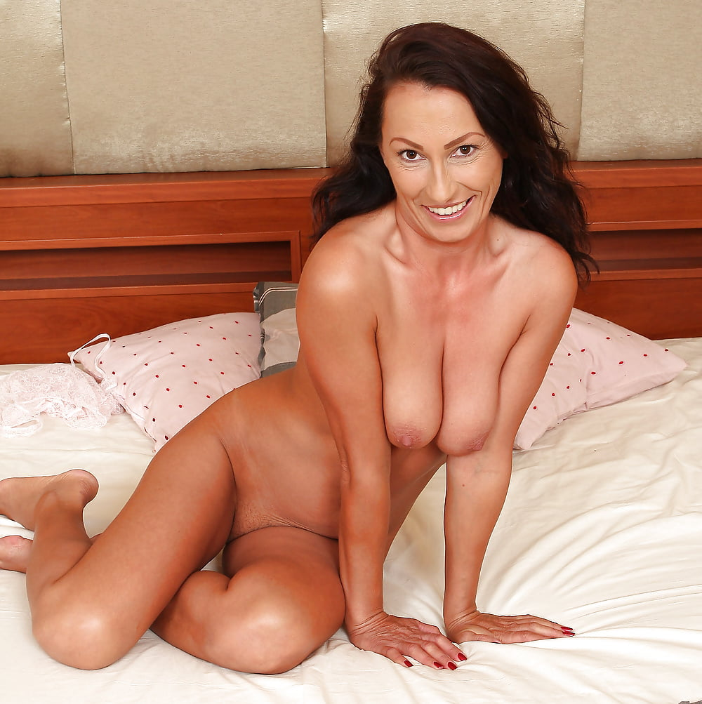 amateur-couples-indian-cougars-nude
