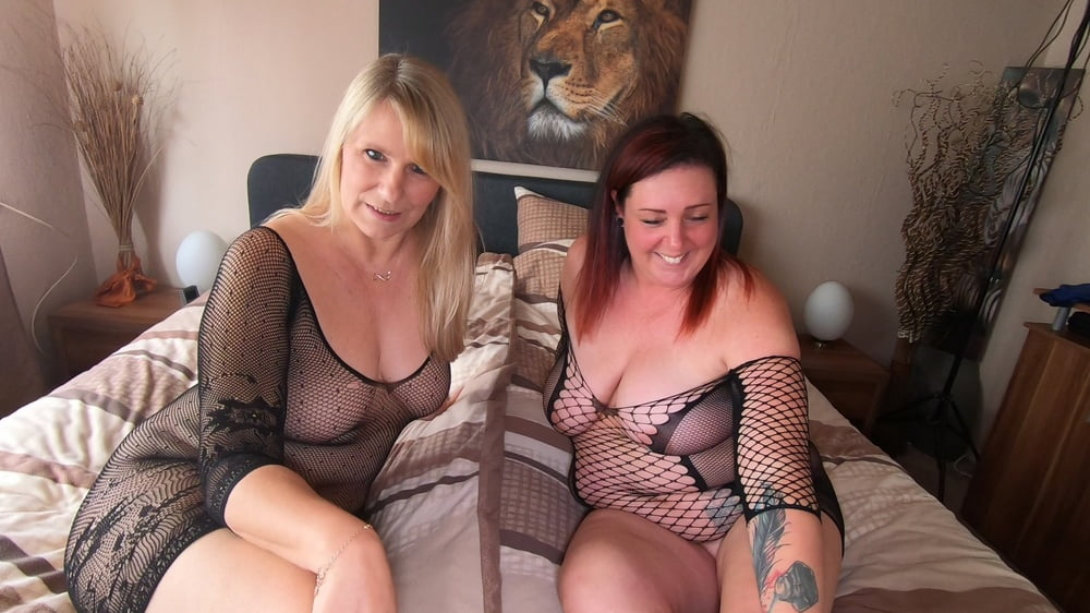 Two willing women for you - 9 Pics