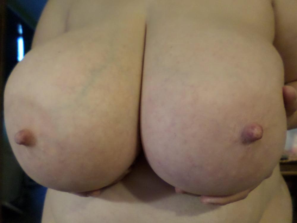 Natural boobs threesome-5297