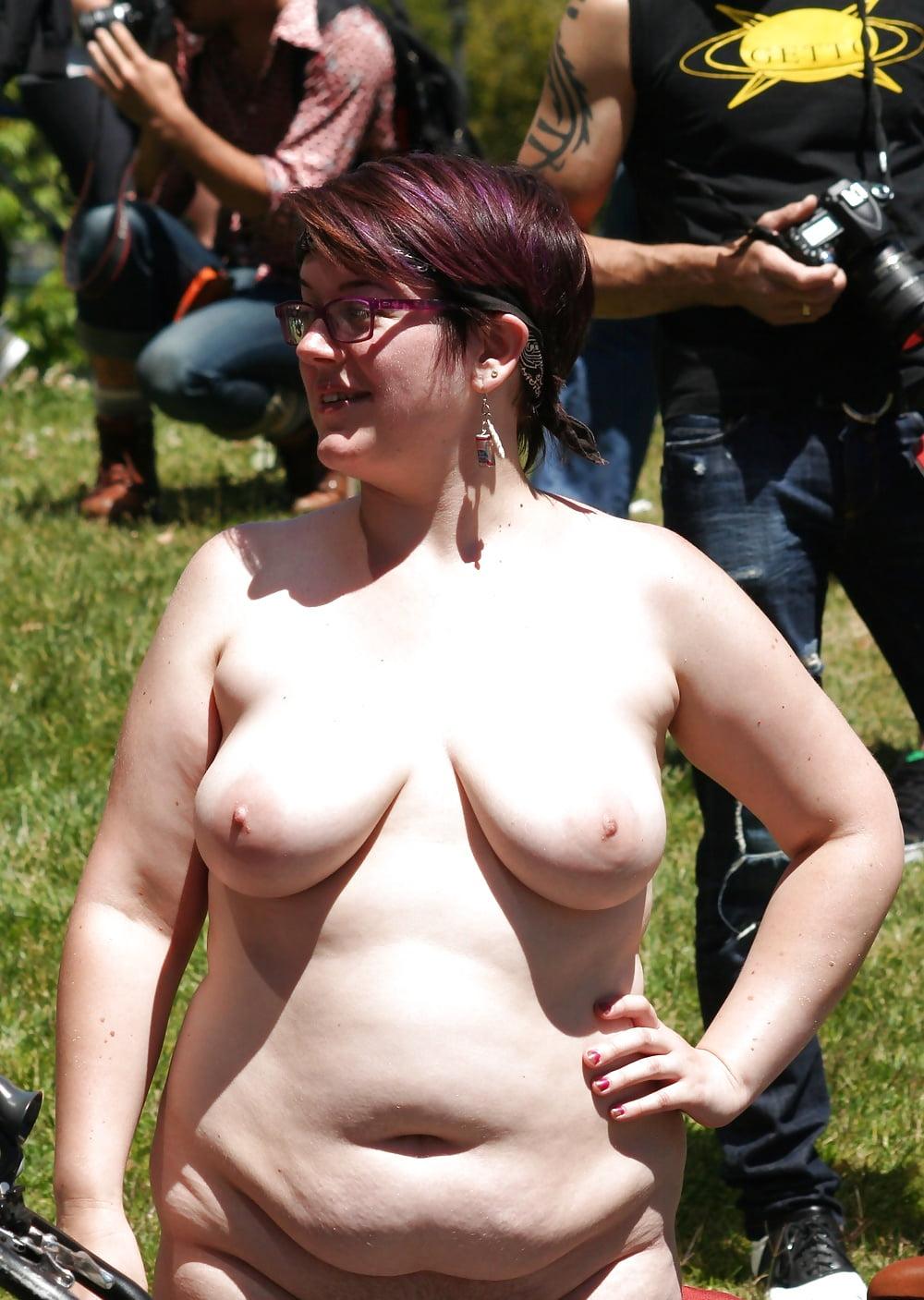 специально фестиваль голых теток видео нравится вам
