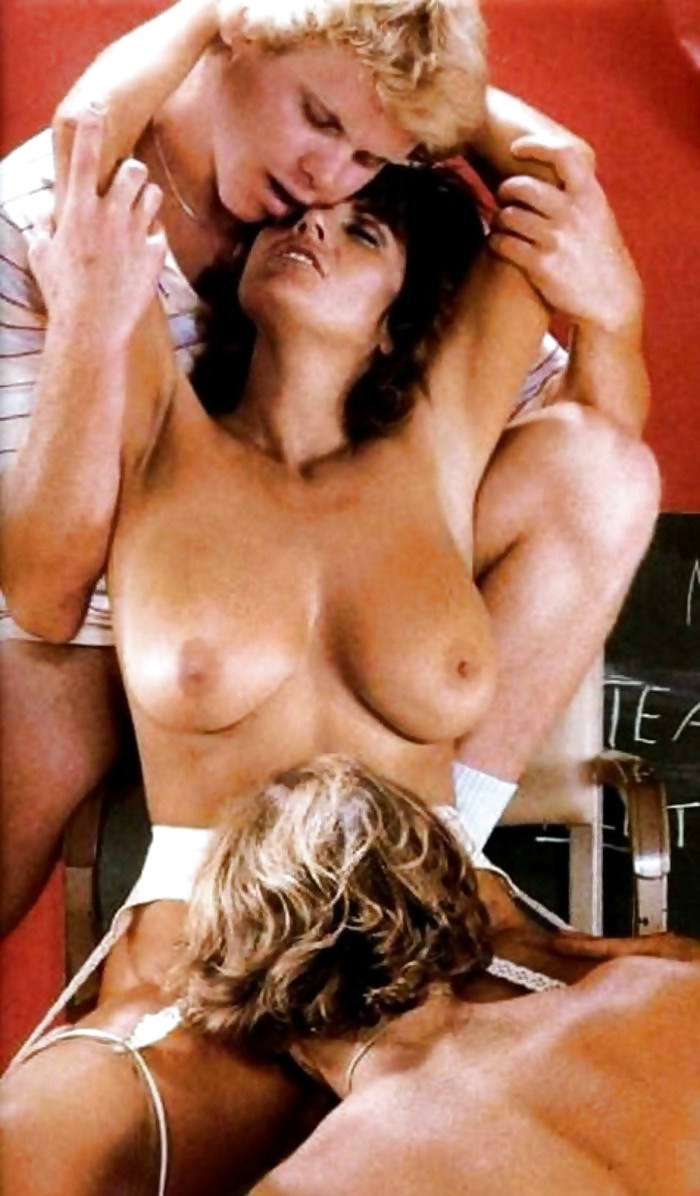 Uschi digart and unknown woman lesbian scene - 1 part 3