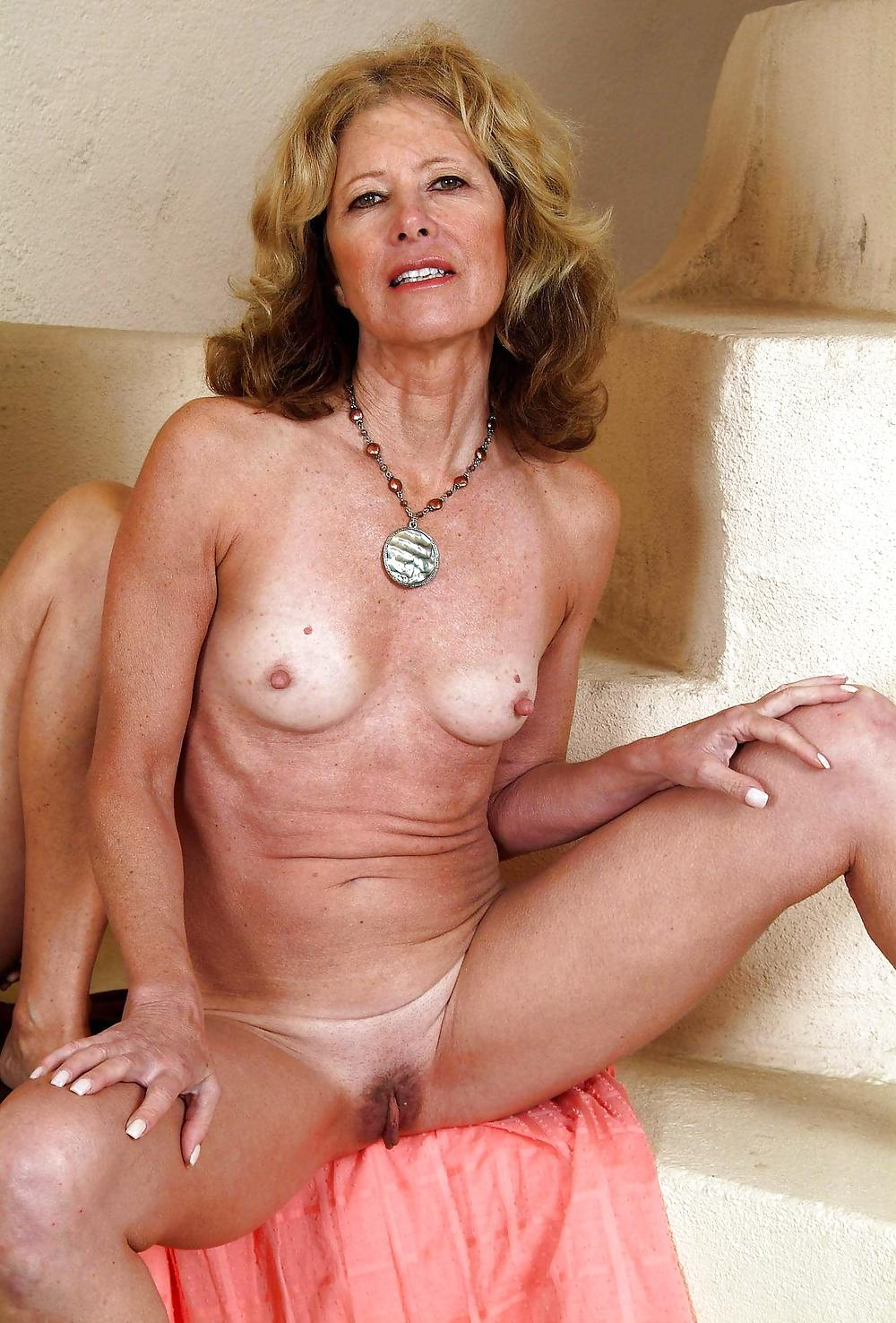 nude-elder-mature-sults-tit-pictures
