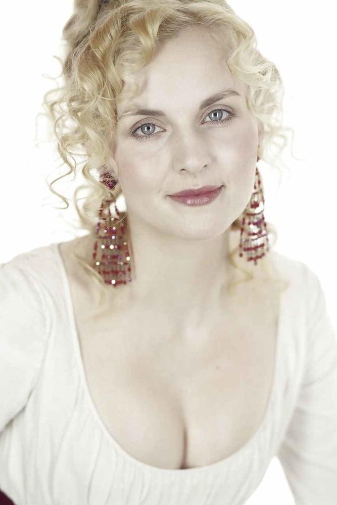 Debra Stephenson  nackt