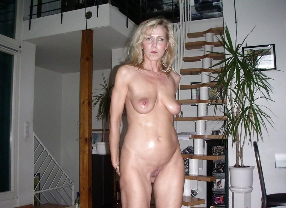 mature-nude-house-wives-gallery-naked-angry-girls-having-sex