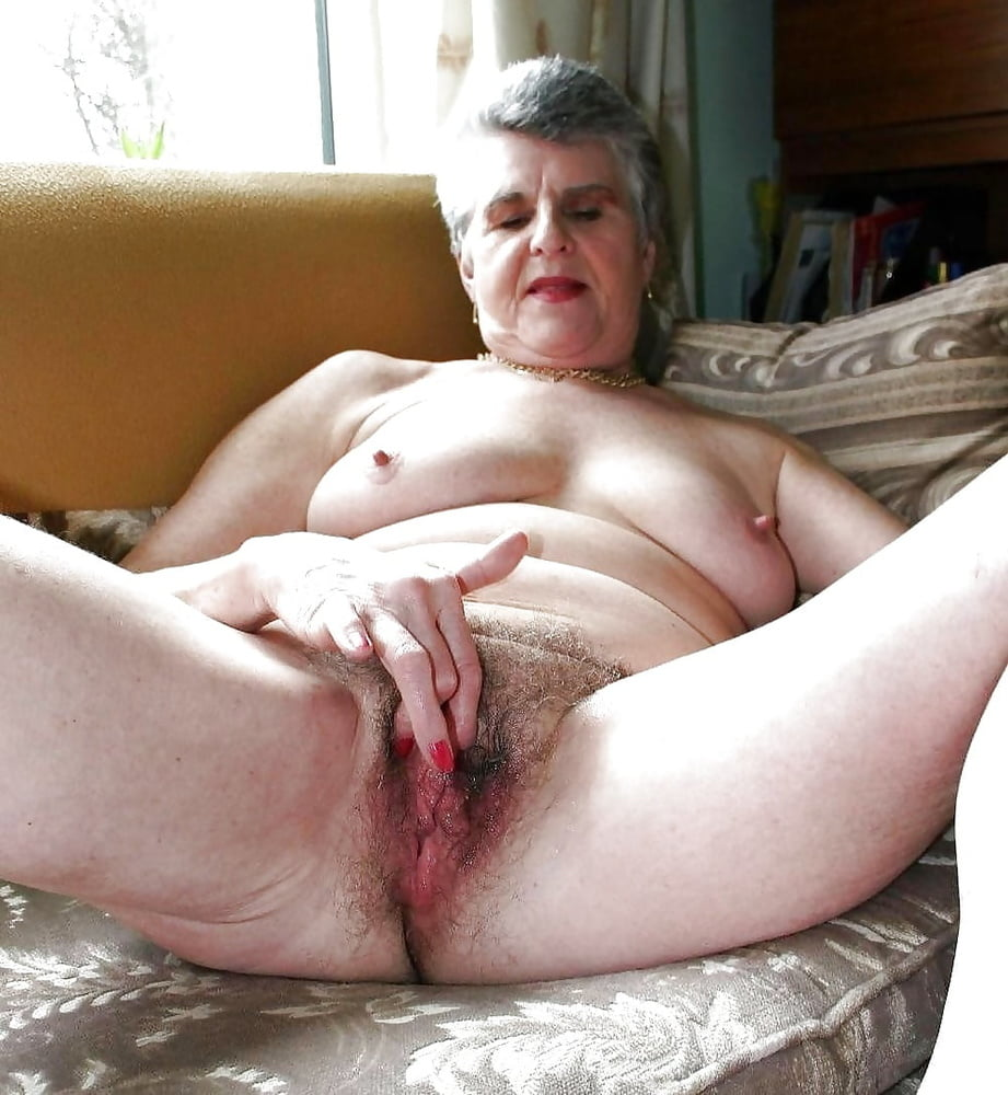 Grandma hairy pussy fuck in beach porn images