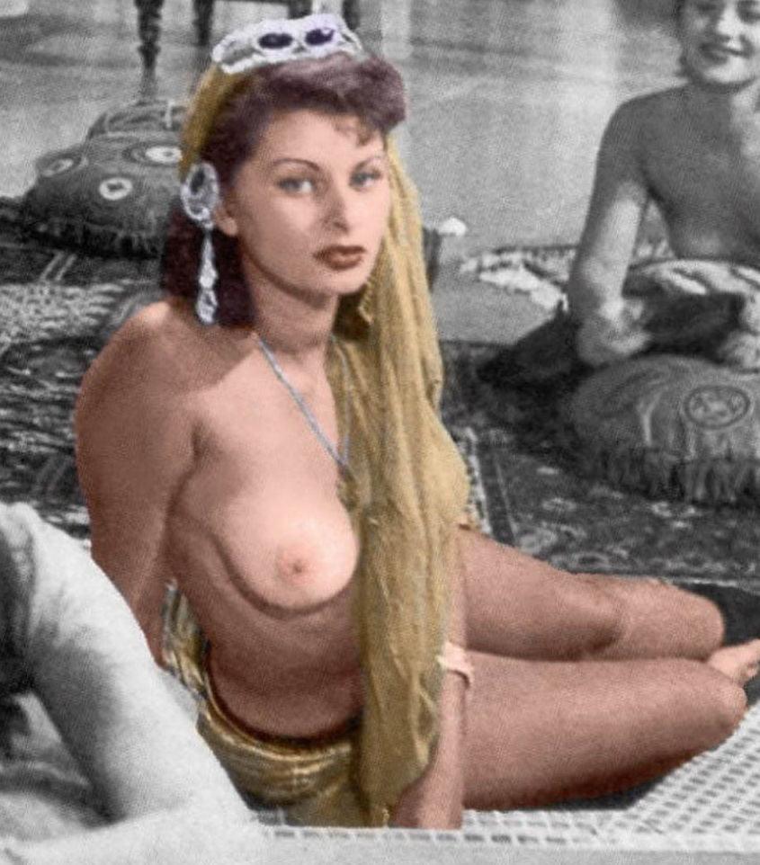 Sophia loren nude pics